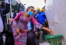 Photo of RDC-Ass Nat : Jeanine Mabunda redonne de l'espoir aux habitants du Camp Luka qui, plus de 60 ans après, peuvent boire de l'eau potable