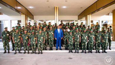 Photo of RDC : Les commandants FARDC des régiments de la 3ème zone militaire ont eu une causerie morale avec le Président Félix Tshisekedi