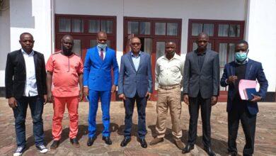 Photo of Sud-Kivu : Entrevue entre le gouverneur Théo Ngwabidje Kasi et une délégation de l'APLC